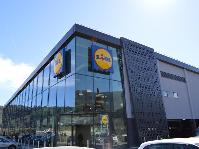 Centre Commercial LIDL à Gattieres